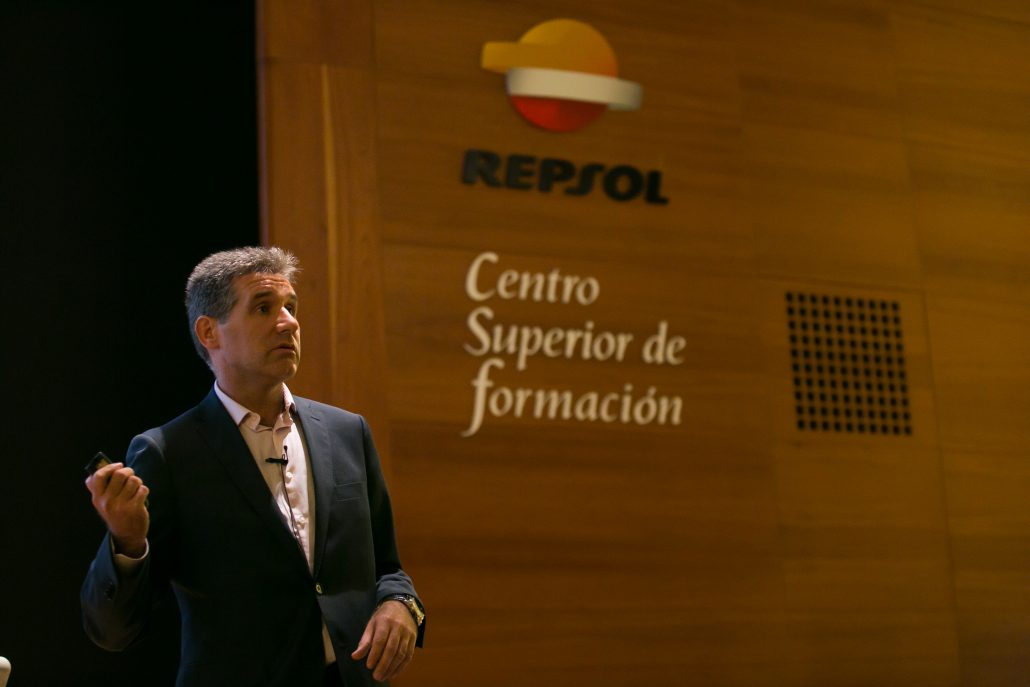 repsol_corporateu_300ppp_263
